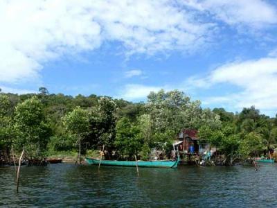 Sur le Stung Atay River