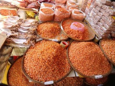 Marché central de Phnom Penh : crevettes