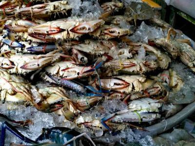 Le crabe sur le marché central