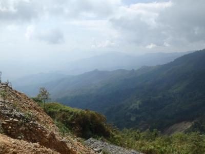 Vang Vieng : paysage de montagne