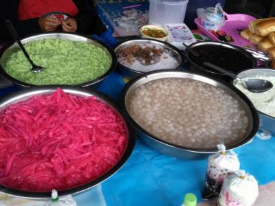 Salades au marché de Luang Nantha