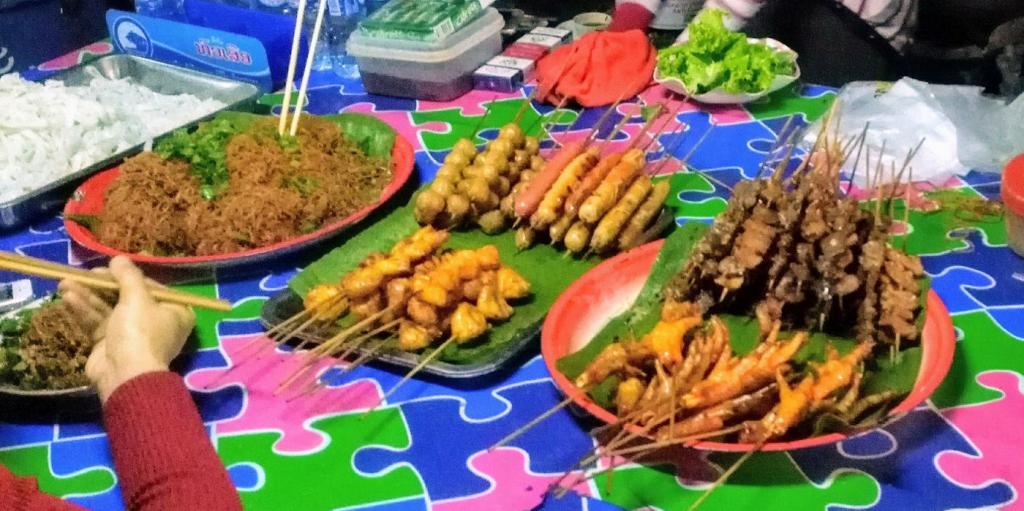 Marché nocturne de Luang Namtha