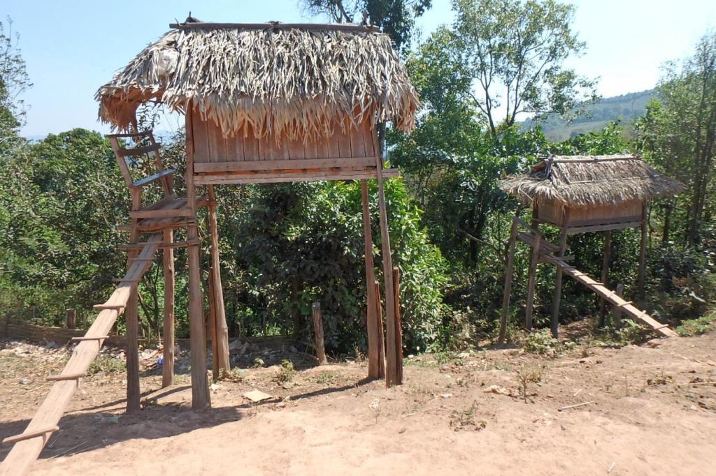 Village Akha : maison des fiançailles